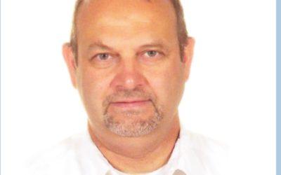 Cosmetisch Arts, Dokter De Merlier Komt Behandelingen Uitvoeren Als Botox En Fillers